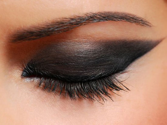 25 inspiring black smokey eye make up ideas to apply 2