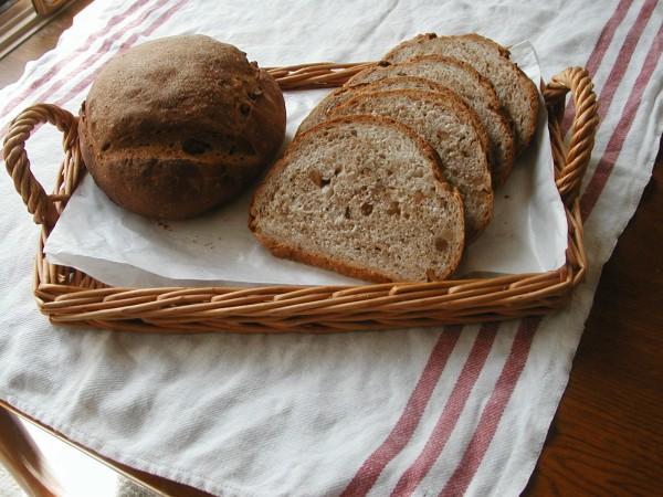 くるみパンを自宅で作ってカロリーを減らす7つの方法