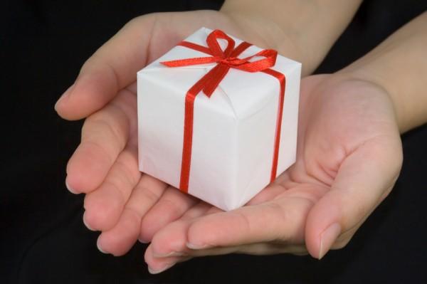 誕生日プレゼントで男友達を彼氏にしちゃえる7つの贈り物