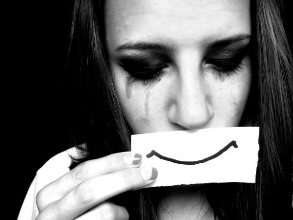 辛いときも笑顔、が家庭円満の秘訣。7つのスマイル効果