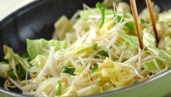 野菜炒めがついついカロリーが高くなってしまう7つの理由
