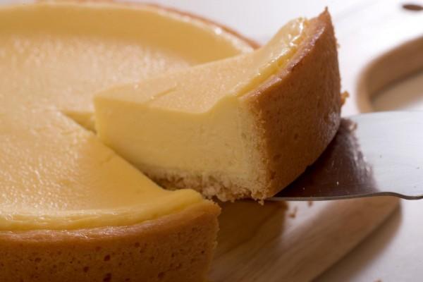 チーズケーキのカロリーを一日で燃焼する運動教えます