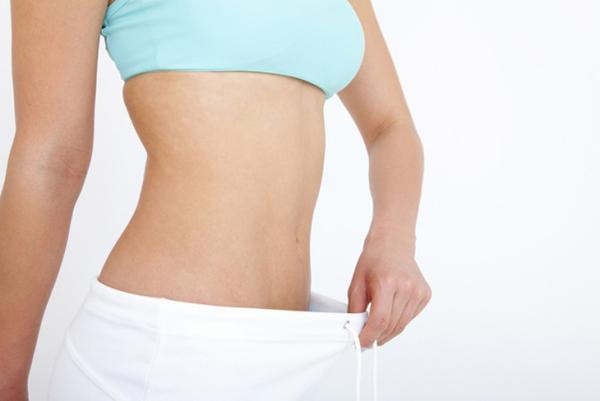 腹筋の正しいやり方をマスターして無理なく続けるコツ