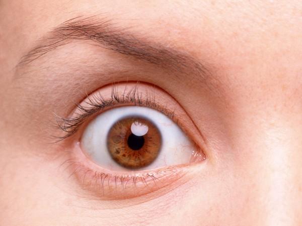 はれぼったい瞼の脂肪を取る、フェイシャルマッサージ法♪