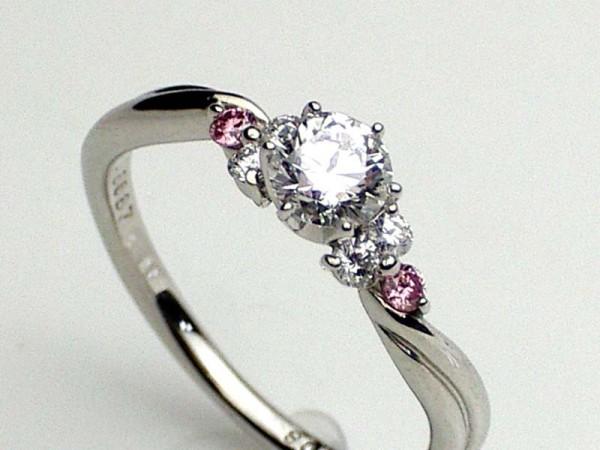 彼女へ指輪をプレゼントするときに失敗しない5つの方法