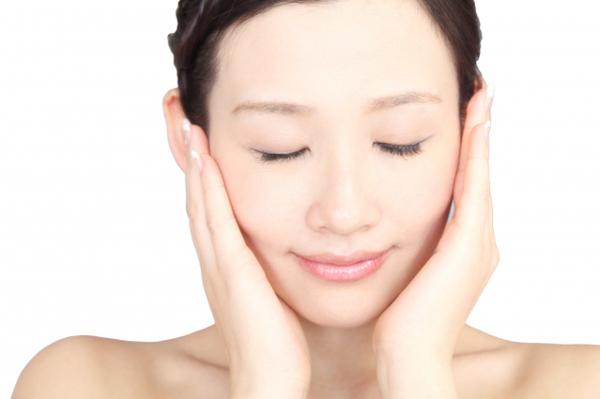 美白化粧品ランキング!30代女性が選ぶおすすめアイテム