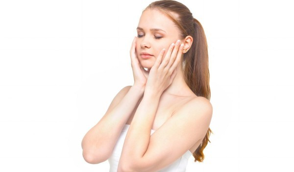 くすみで悩んでいるなら。お肌が劇的に明るくなる解消法