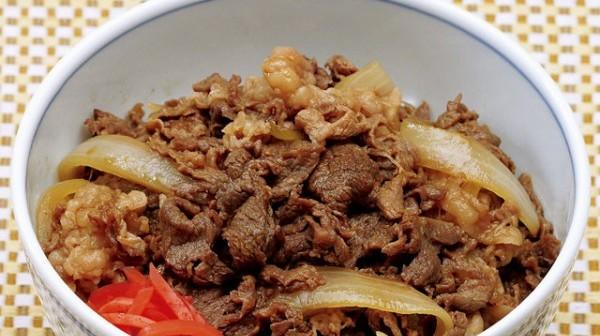 牛丼のカロリーを気にせず食べれる究極の3レシピ