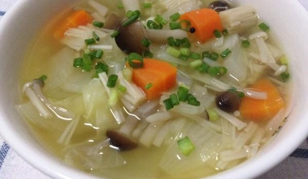 野菜スープのカロリーを知って上手にダイエットに活用しよう