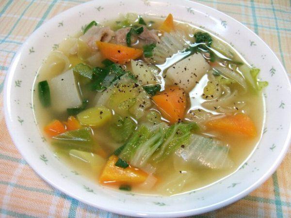 野菜のスープのカロリーを抑えられる3つのレシピ