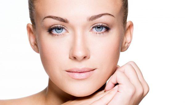 美白化粧品の口コミを参考に、自分にぴったりを探すコツ