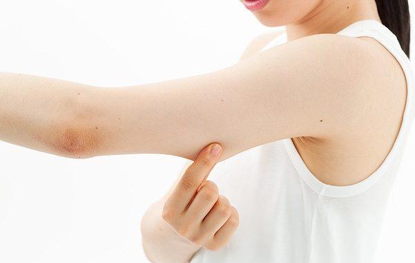 二の腕の筋トレ!画像で分かる手順と方法